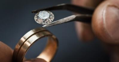 Jak rozpoznać diament?