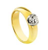 Pierścionek ze złota z brylantem
